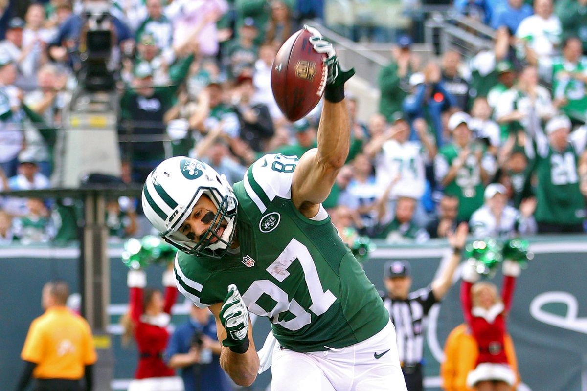 437c7548 Minnesota Football Alumni News: Eric Decker Released by New York ...