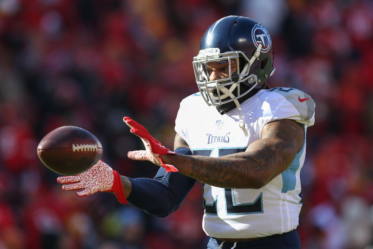 Tennessee Titans running back Derrick Henry (22) catches a pass before the AFC Championship game between the Tennessee Titans and Kansas City Chiefs on January 19, 2020 at Arrowhead Stadium in Kansas City, MO.