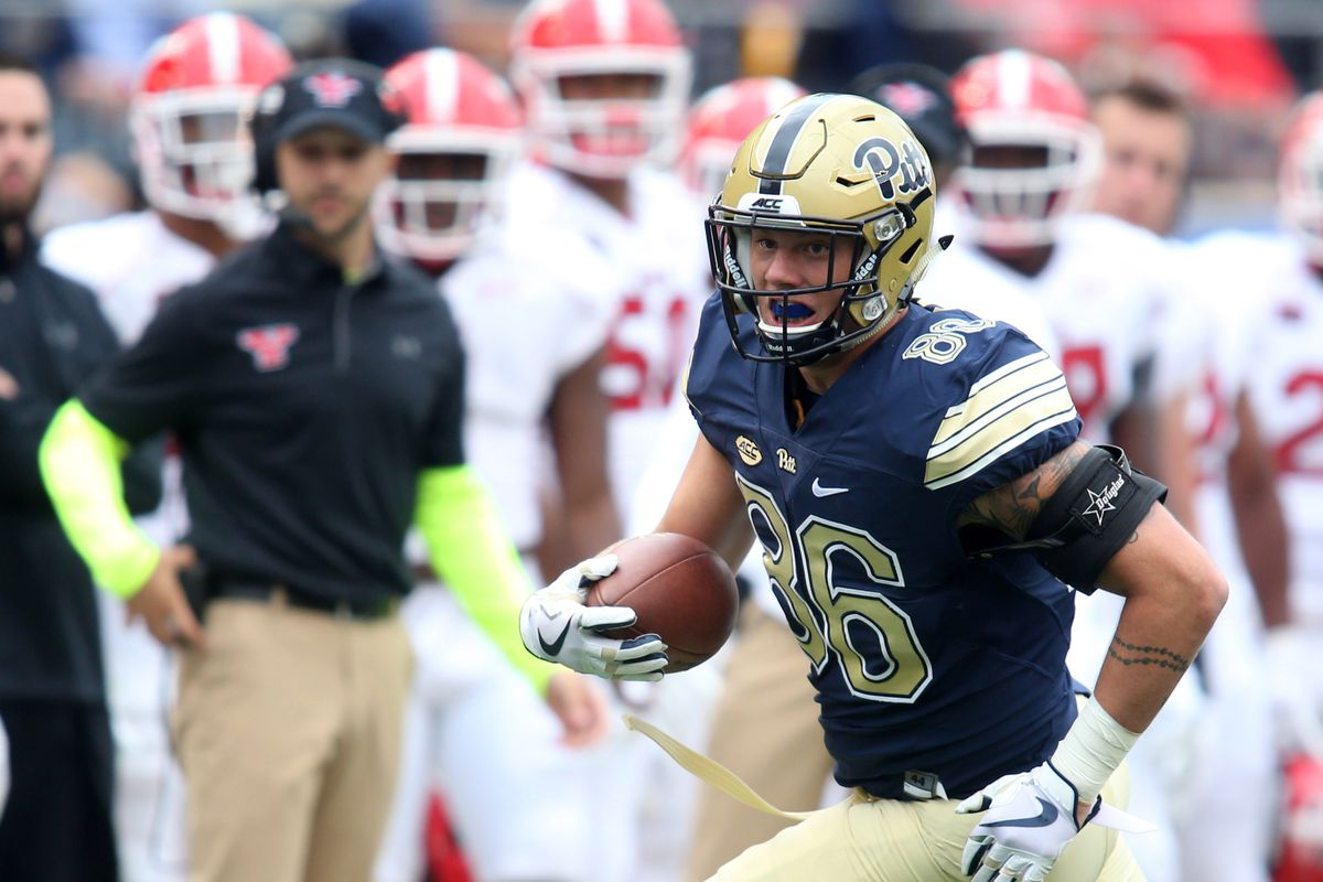 NCAA Football: Youngstown State at Pittsburgh