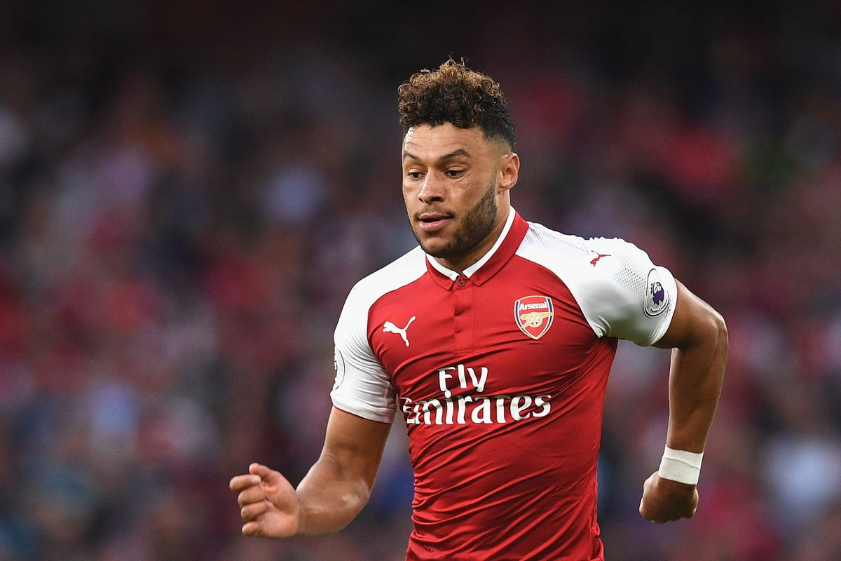Alex Oxlade Chamberlain to Liverpool England midfielder joins for