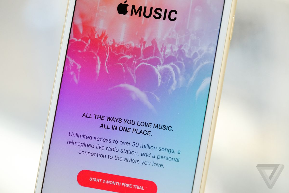 Apple Music, iTunes movies, and iBooks are now available in China