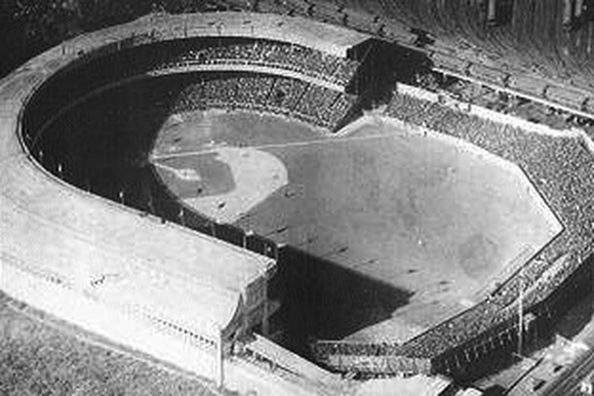 The fourth and final Polo Grounds, c. 1923. (Wikicommons)