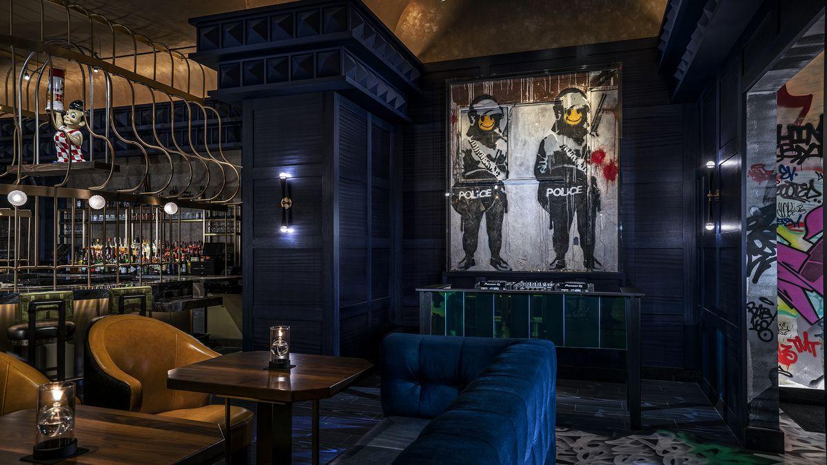 Banksy Artwork Arrives At Greene St Kitchen Eater Vegas