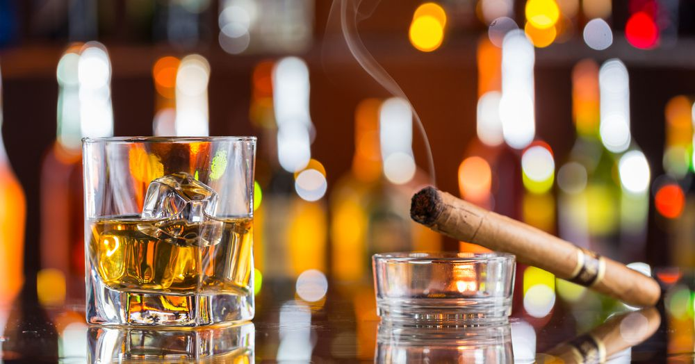Where to Smoke a Cigar and Enjoy a Cocktail in Los Angeles