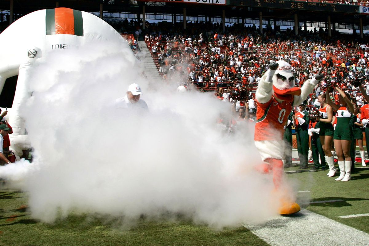 North Carolina Tar Heels v Miami Hurricanes