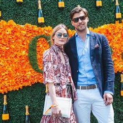 Are Olivia Palermo and Johannes Hubel ever <i>not</i> on point?