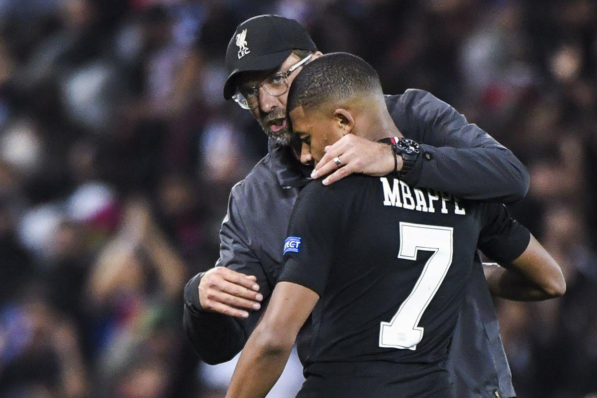 Liverpool v Paris Saint Germain - Champions League