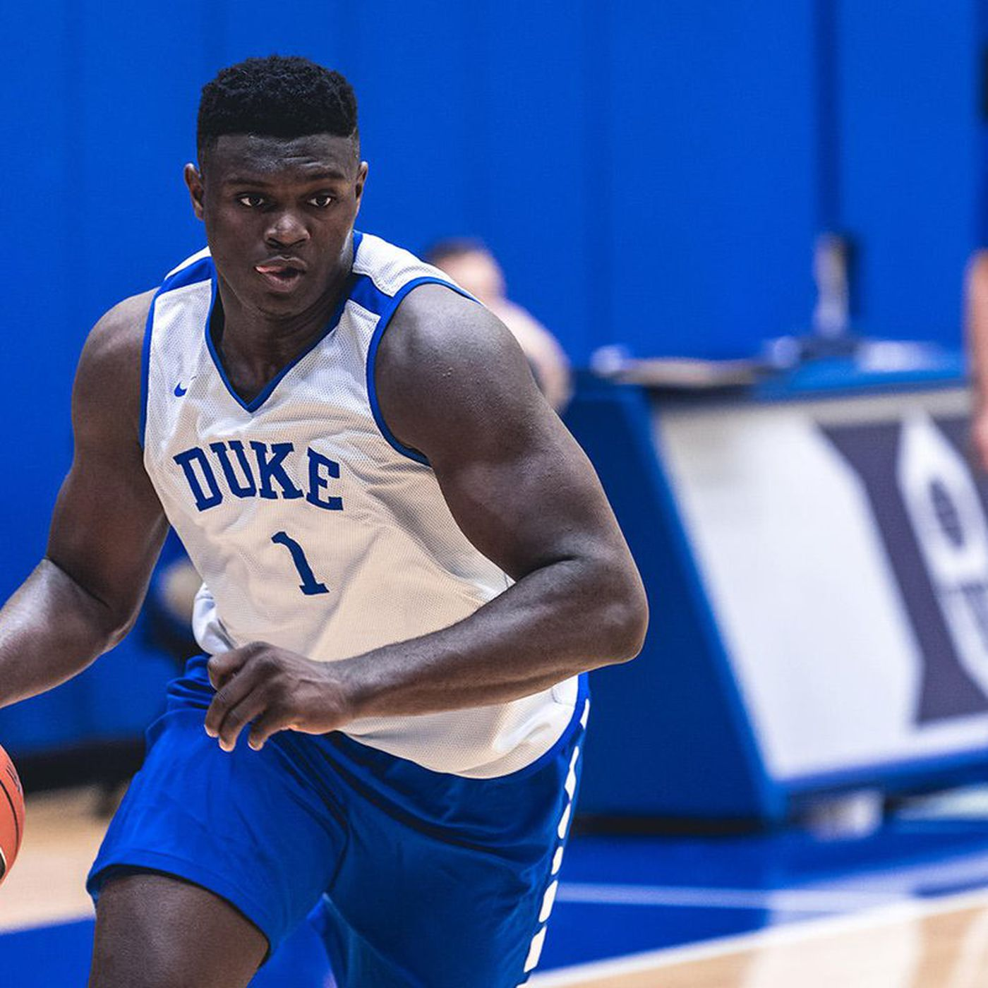 quality design 1f277 ccc1d Duke basketball's Zion Williamson is the 285-pound dunking ...