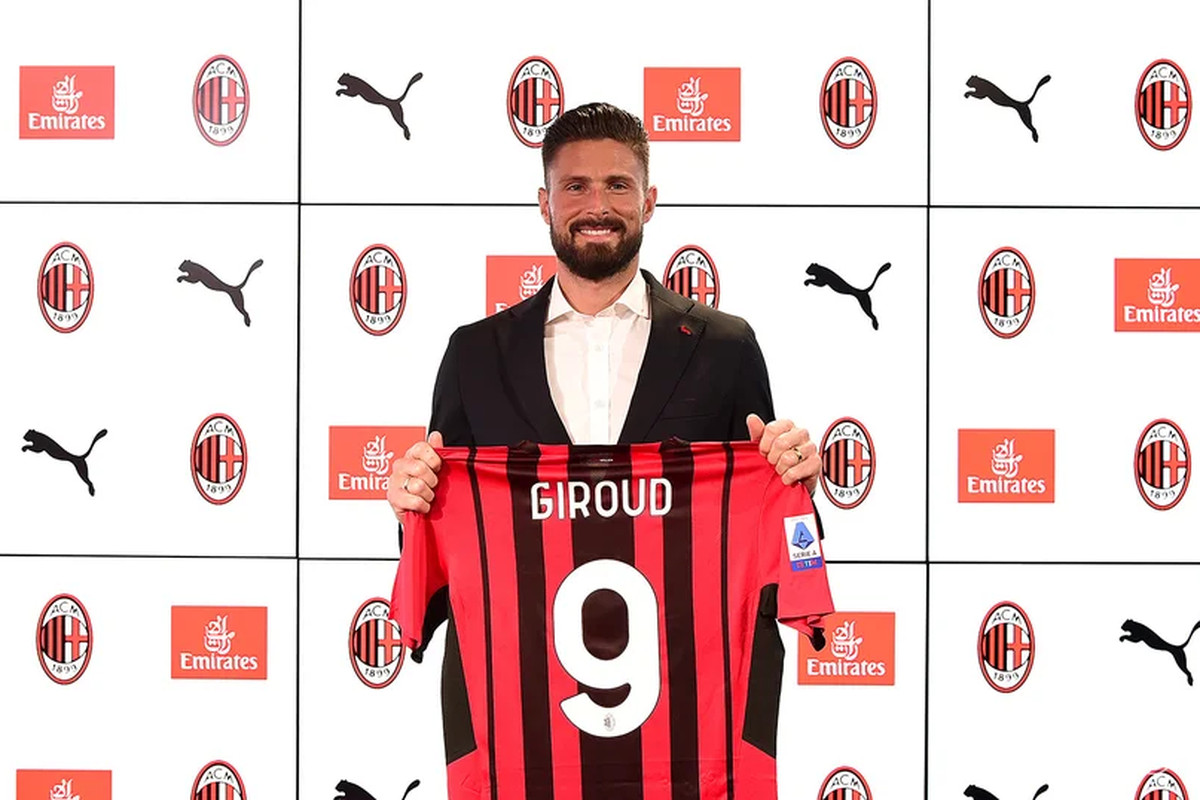 Official: AC Milan Sign Olivier Giroud From Chelsea To Be New No. 9 - The AC Milan Offside