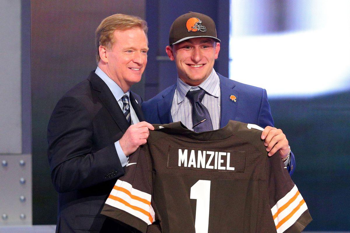 """A blue jacket on draft day, Johnny? Rookie mistake. HUEHUEHUE"""