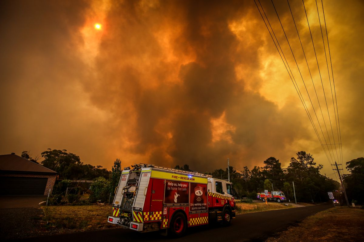Firefighters continue to fight bushfires as a warning of catastrophic fire is issued in NSW