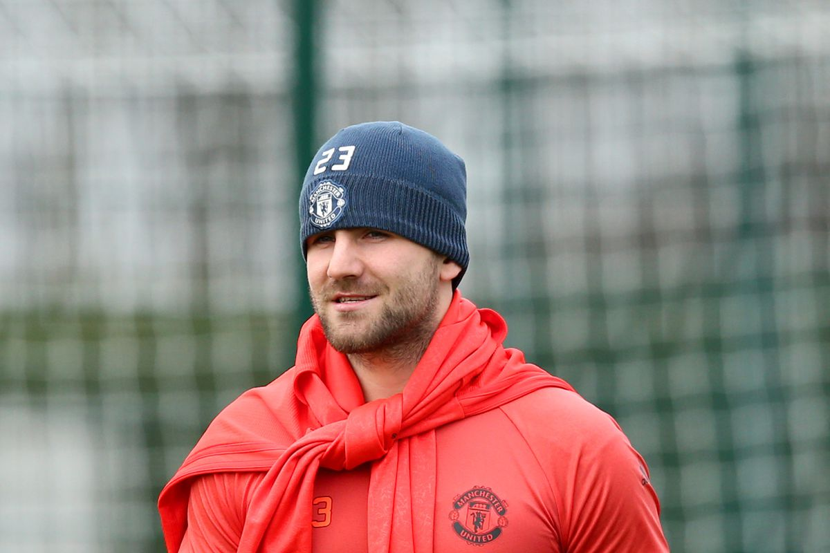 Luke Shaw and Wayne Rooney missing from Manchester United s Europa
