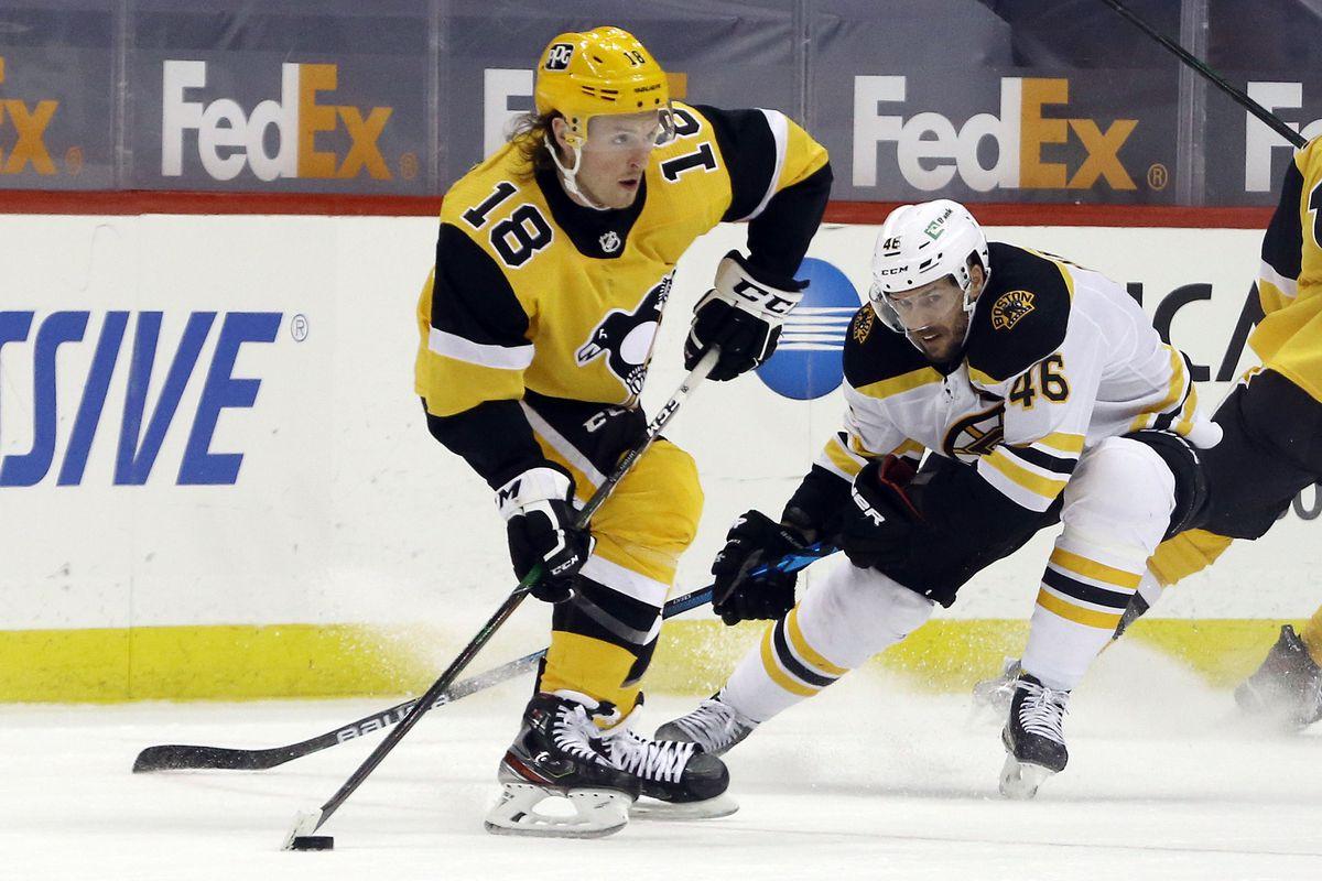 NHL: Boston Bruins at Pittsburgh Penguins