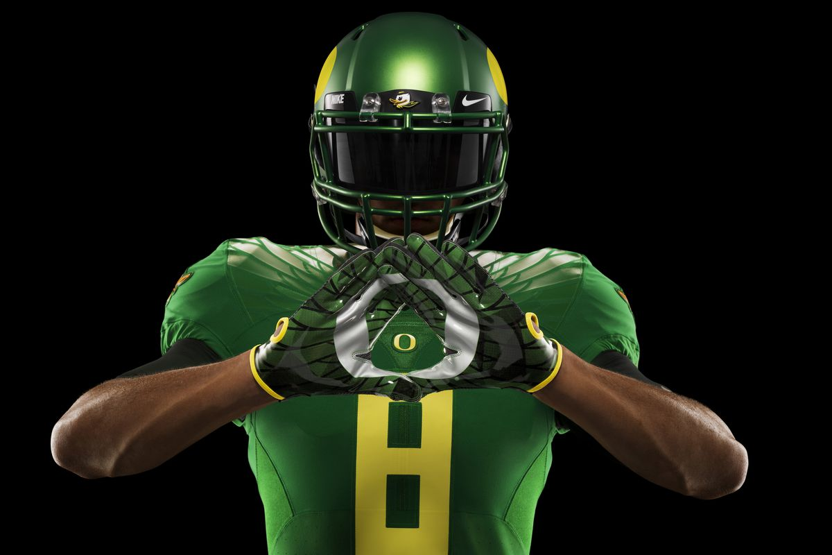Nike unveils Oregon s Rose Bowl uniforms - Addicted To Quack d9b27018e