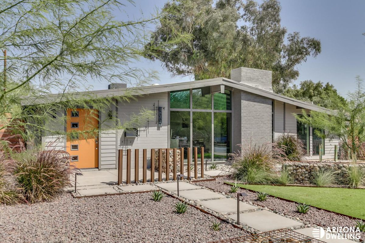 7 midcentury modern neighborhoods to know curbed for Modern home builders phoenix