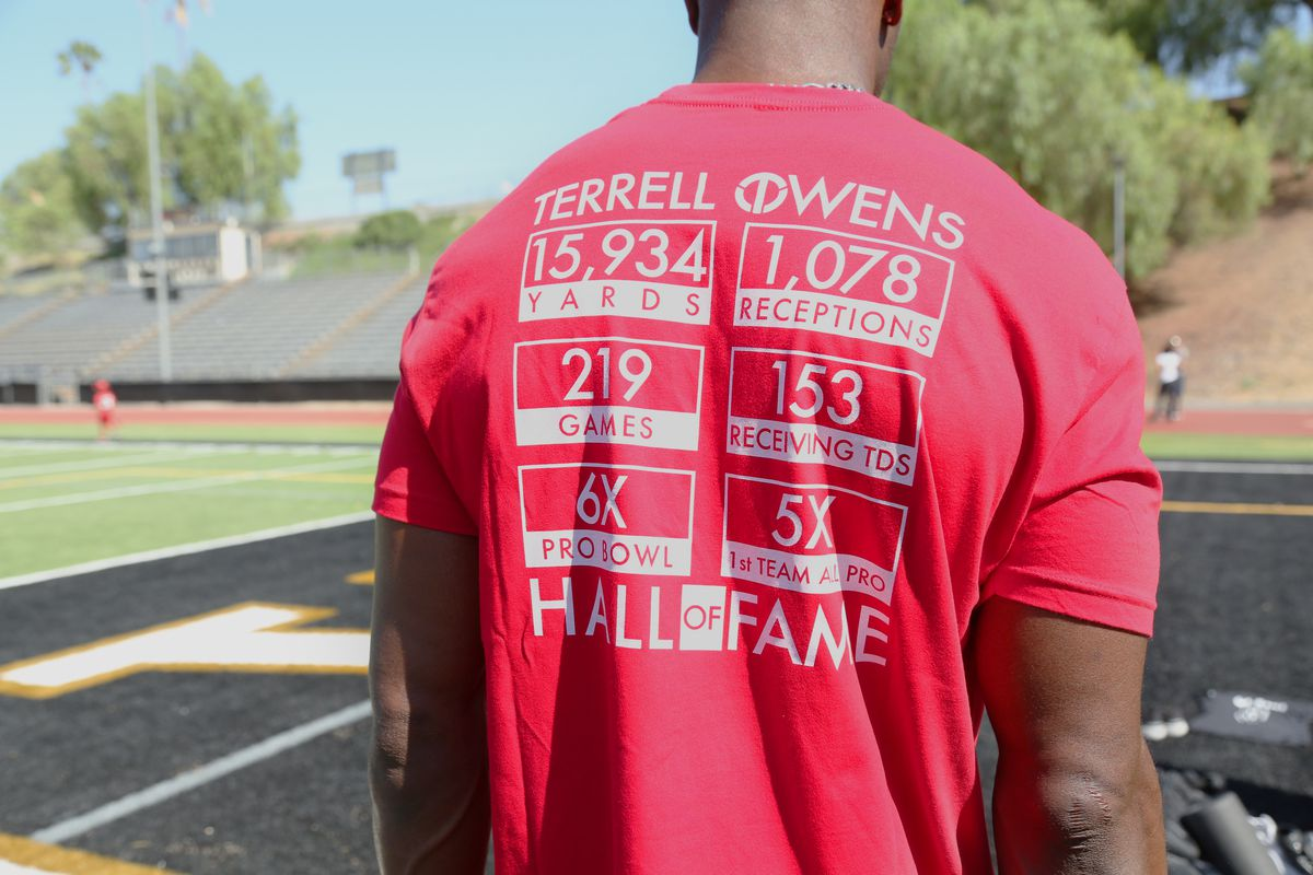 brand new d0778 f6b42 Terrell Owens selling HOF t-shirts with portion of proceeds ...