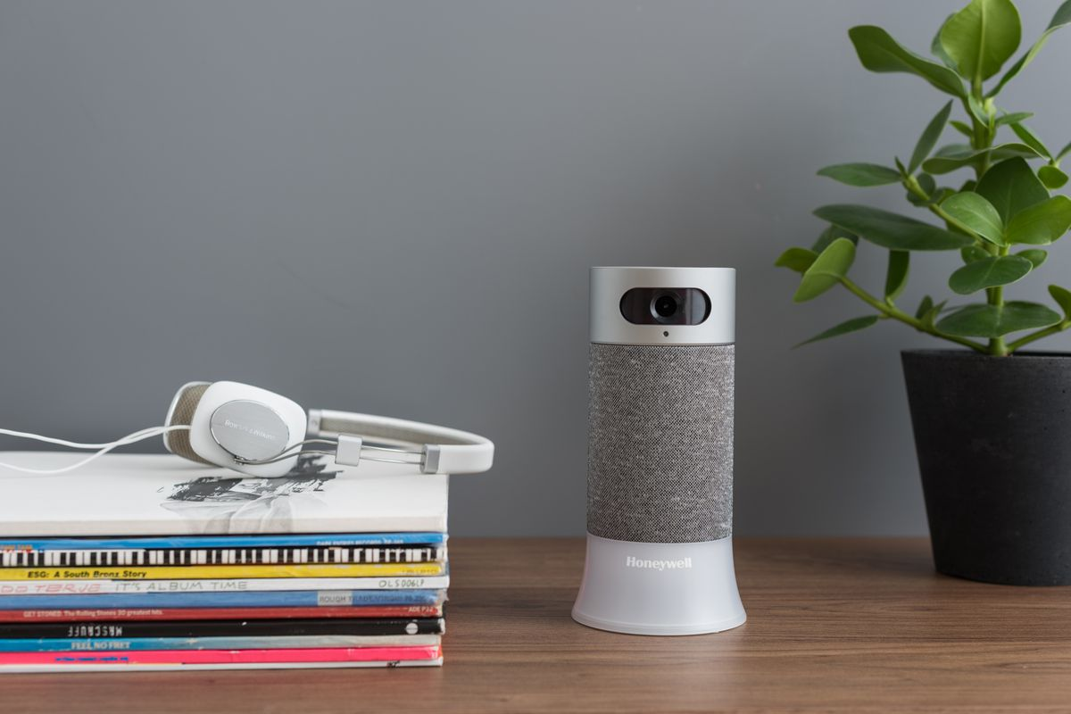 Honeywell announces a diy security system with alexa integration photo honeywell solutioingenieria Image collections