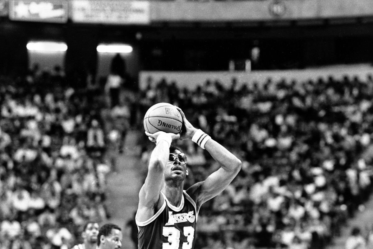 Los Angeles Lakers center Kareem Abdul-Jabbar (33) shoots one of his baskets on his way to breaking Wilt Chamberlain's NBA scoring record during action against the Utah Jazz in Las Vegas, Nev., Thursday, April 5, 1984. Abdul-Jabbar needed 21 points and sc