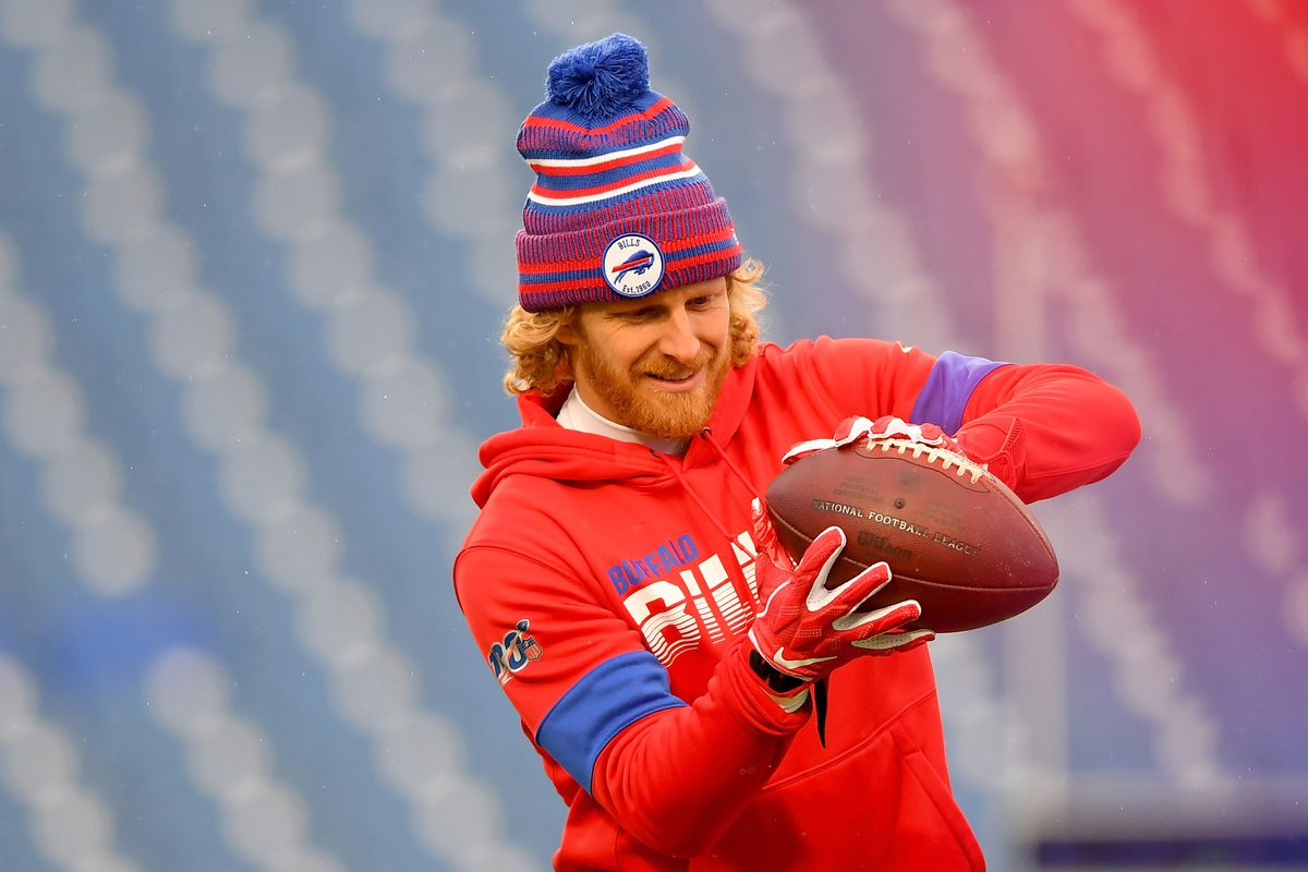 Buffalo Bills wide receiver Cole Beasley warms up prior to the game against the New York Jets at New Era Field.