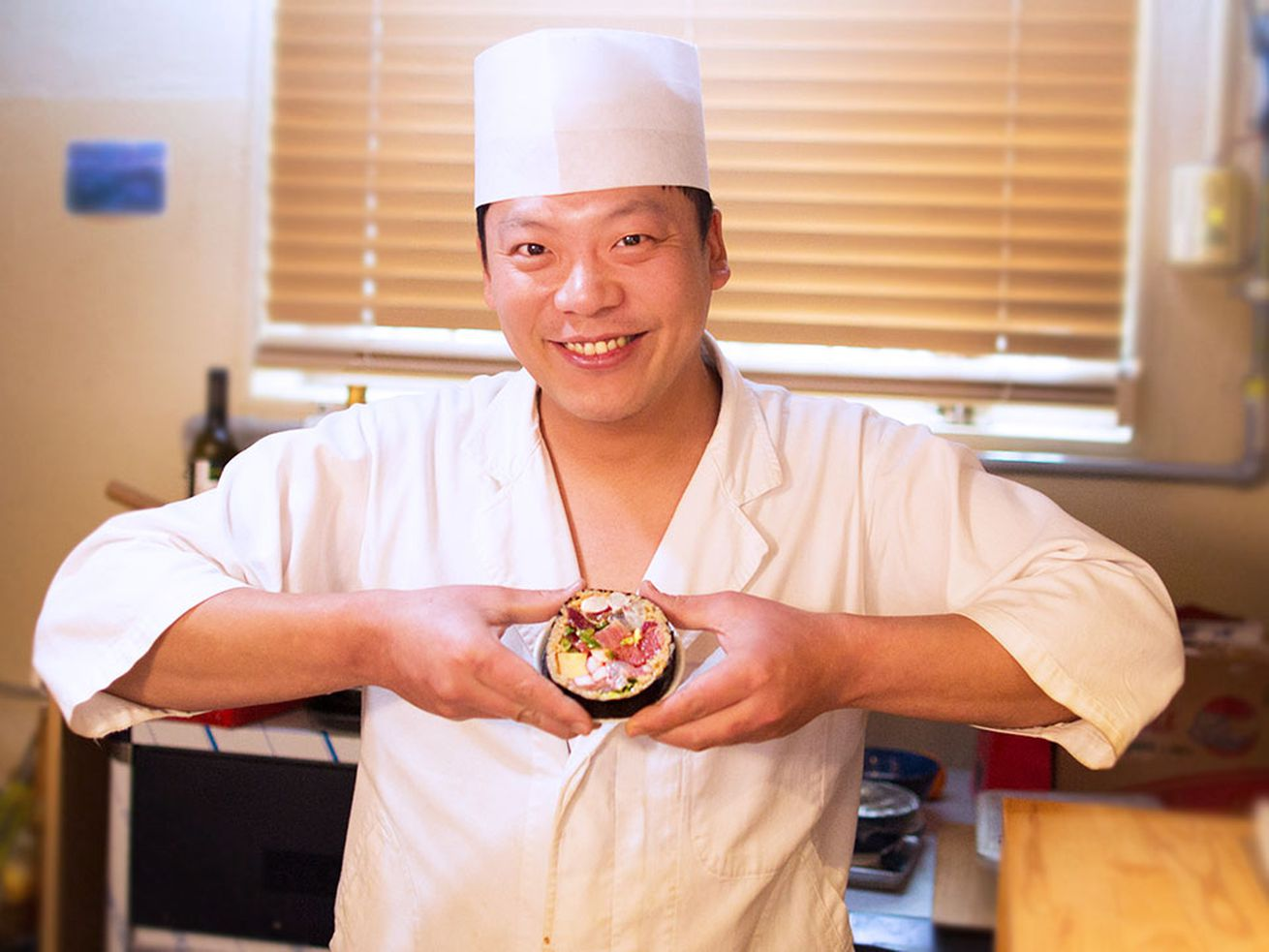 Watch: This Seoul Sushi Chef Runs a Six-Seat Omakase by Himself