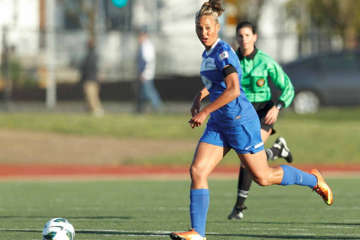 Lianne Sanderson and the Breakers failed to disrupt Sky Blue's defensive gameplan