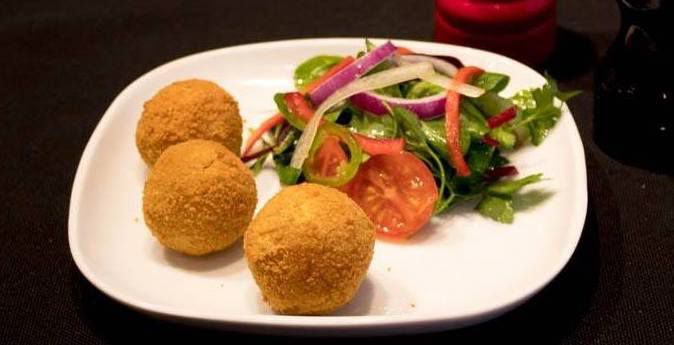 Stuffed lentil balls and salad at Dammika's, Westminster, one of the best Sri Lankan restaurants in London