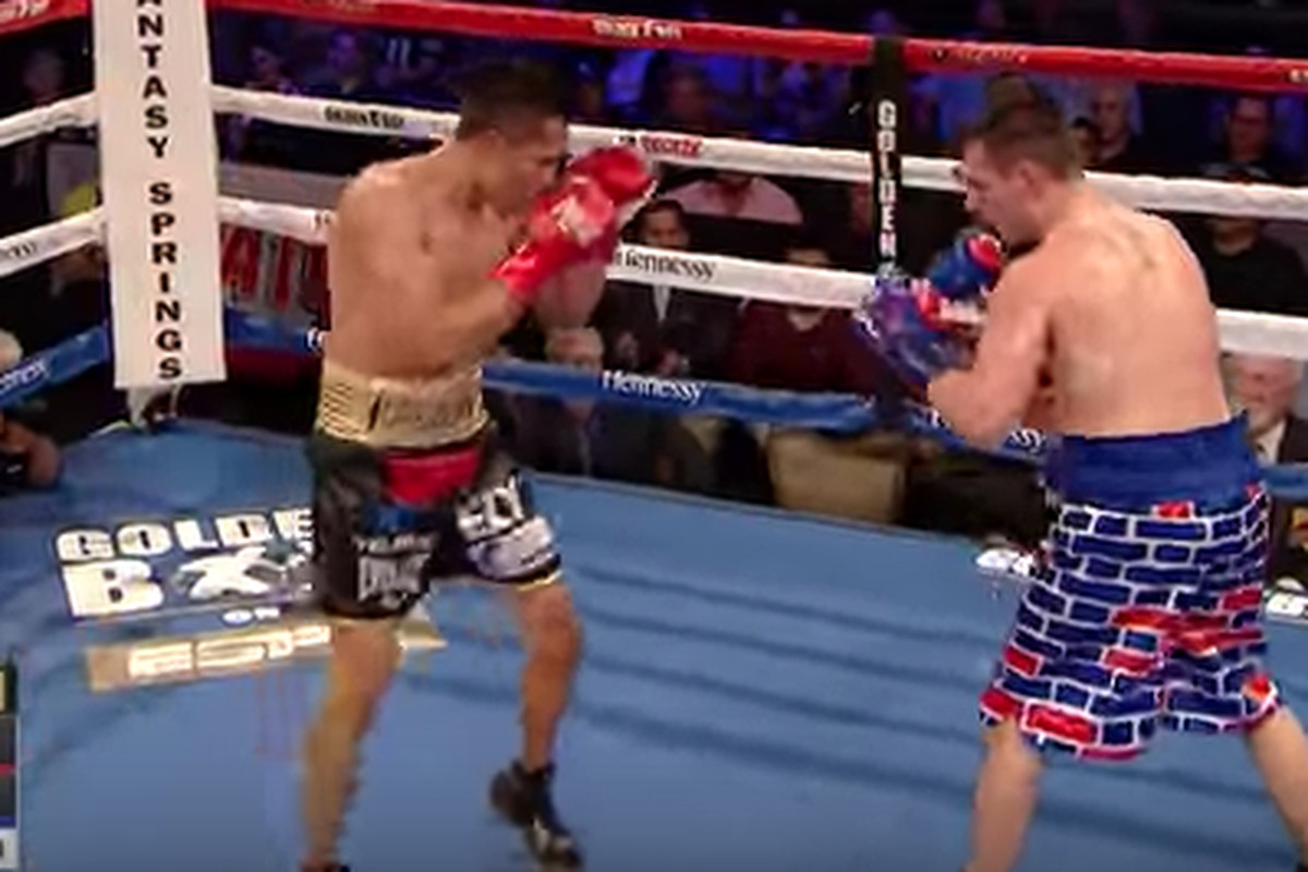 b6deca01b79e3 Trump-supporting boxer wearing 'America 1st' trunks beaten by ...