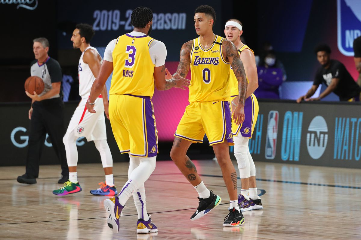 Los Angeles Clippers v Los Angeles Lakers