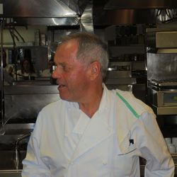 Wolfgang Puck in the kitchen at Cut.