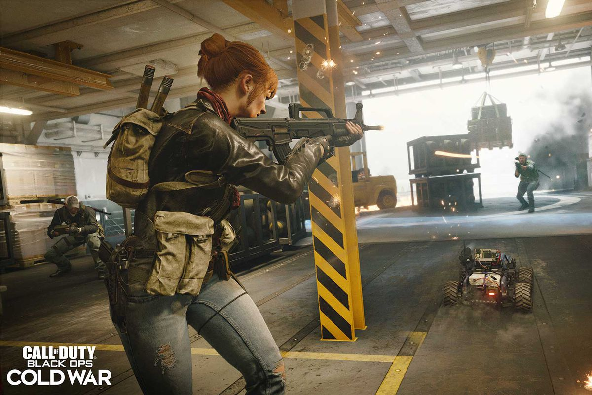 Players shooting each other in Call of Duty: Black Ops Cold War