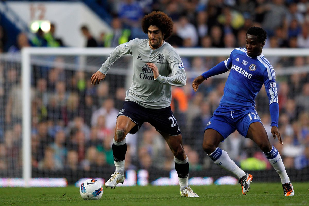 Marouane Fellaini of Everton battles for the ball with Jon Obi Mikel of Chelsea during the Barclays Premier League match between Chelsea and Everton at Stamford Bridge on October 15, 2011 in London, England.  (Photo by Paul Gilham/Getty Images)