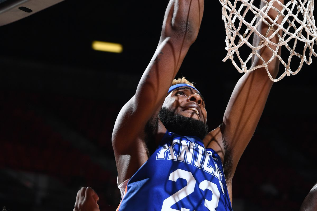 Mitchell Robinson suffers minor knee injury in Team USA camp, buys his mama a car