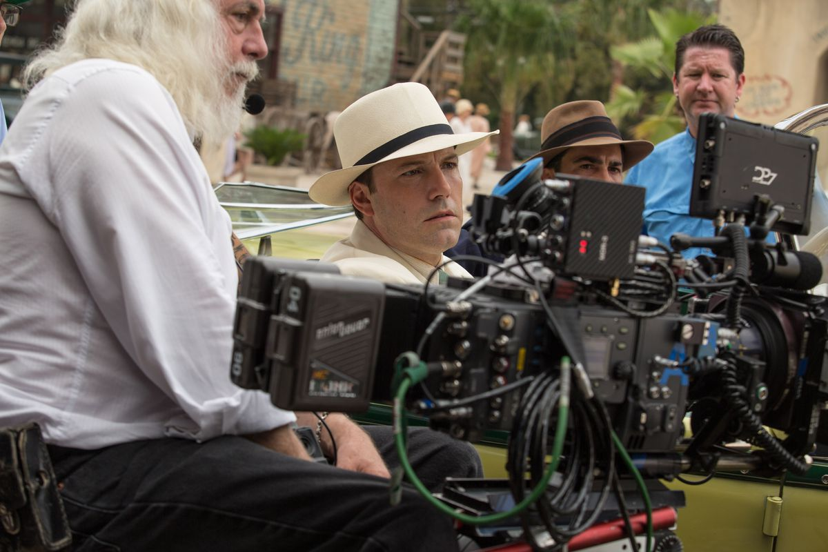 Affleck with cinematographer Robert Richardson on the set of Live By Night.