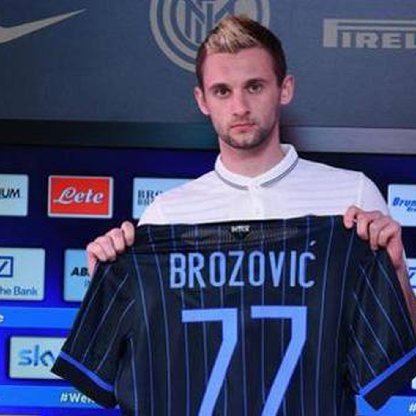 new style 3b681 74772 New Inter player Brozovic introduced to fans - Serpents of ...