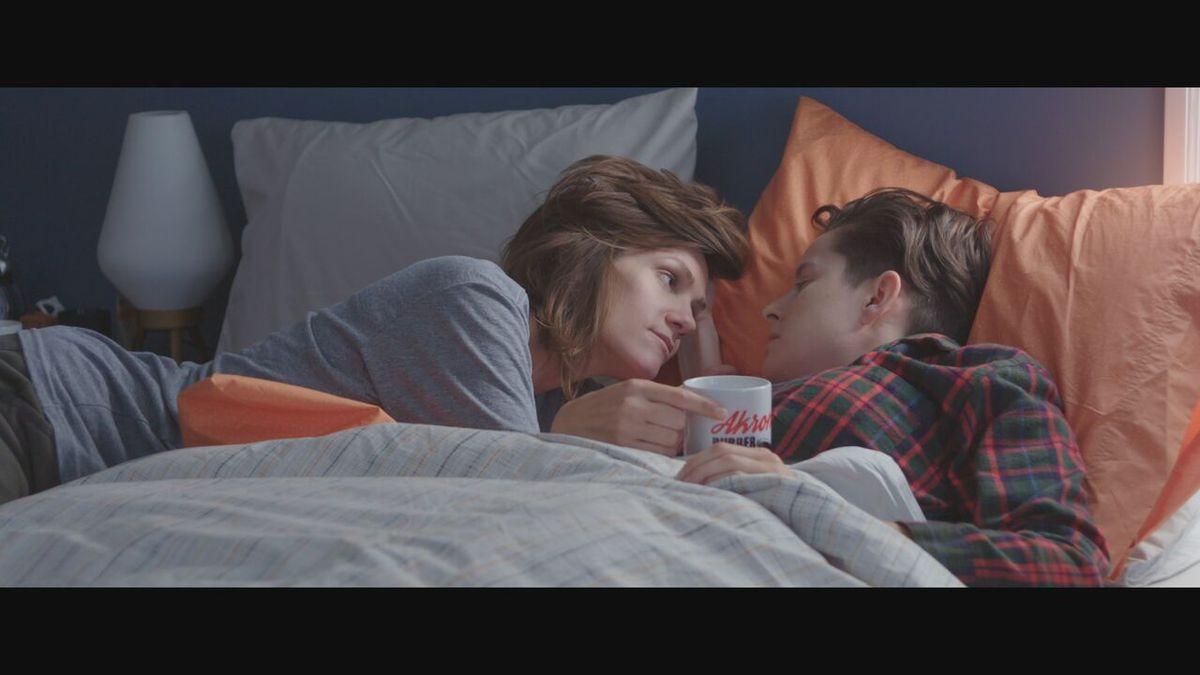 Hardcore lesbian orgasm video squirt
