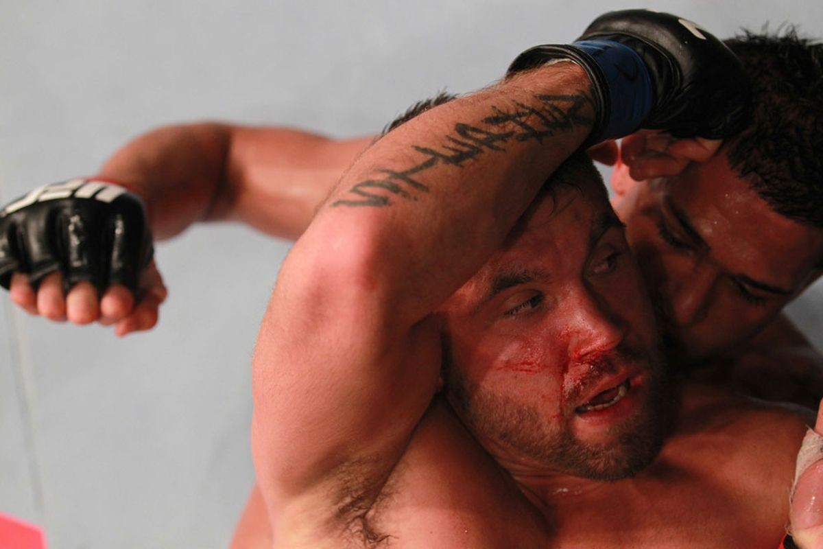 """Photo via <a href=""""http://video.ufc.tv/136/images/136Event/05_Pettis_Stephens/05_Pettis_Stephens04.jpg"""">UFC.com</a>"""