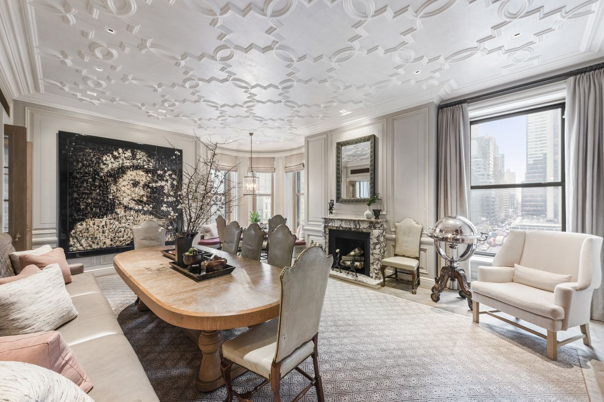 The Plaza S Historic Astor Suite Hits The Market Asking