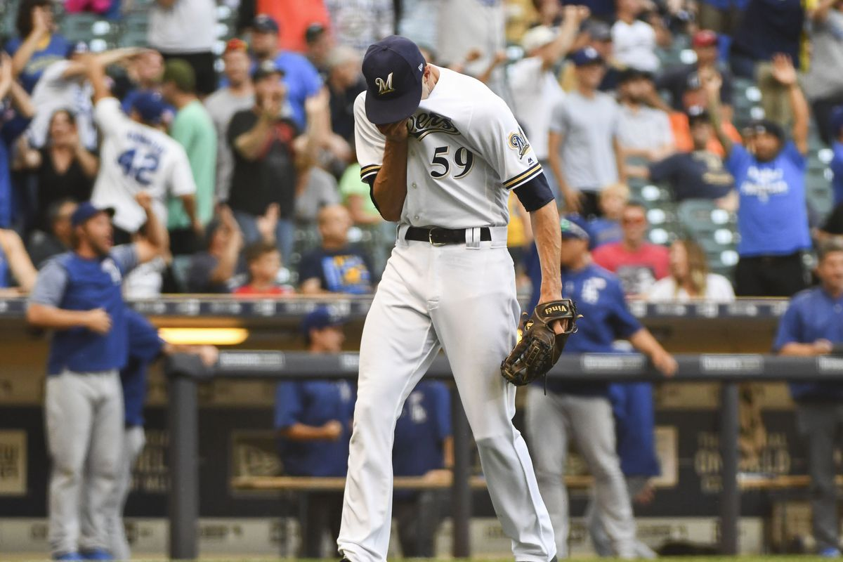 Davies sharp, Thames homers, Brewers beat Dodgers 3-0