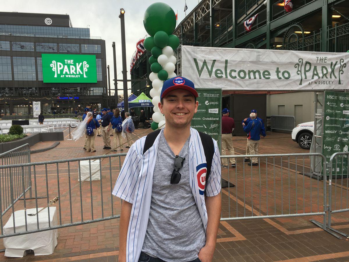 Cubs fan Mike Schmidt got to Wrigley Field early Monday, still hoping to snag a bleacher ticket.   Mitch Dudek/Sun-Times