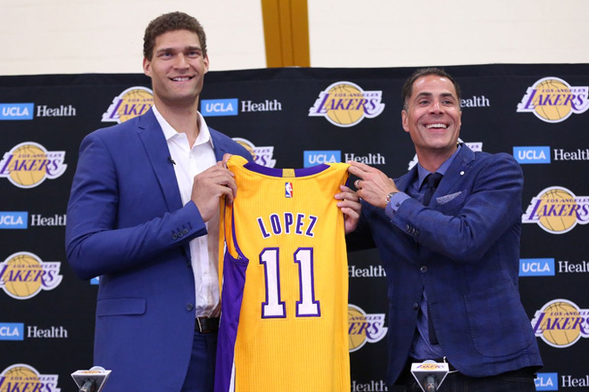 ccef4f67cac Brook Lopez s bittersweet return to L.A. - NetsDaily