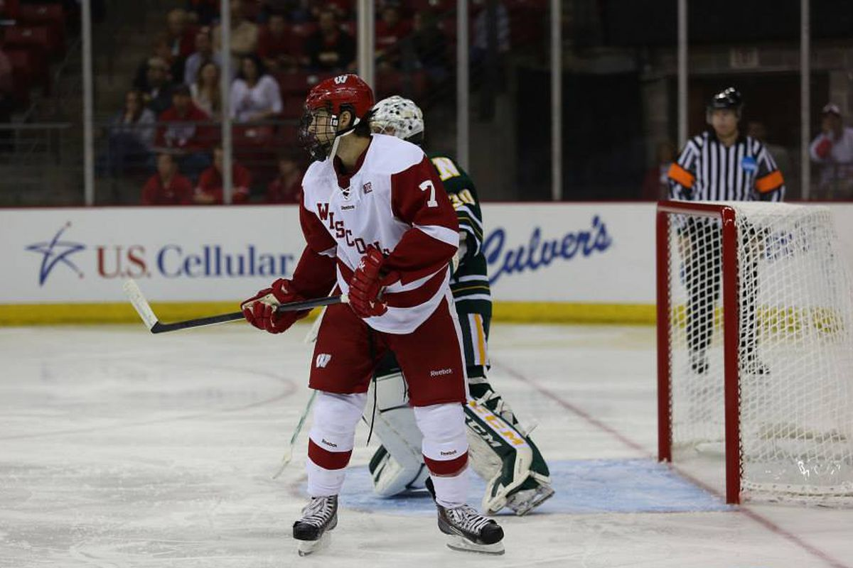 Tyler Barnes' two late goals helped Wisconsin to a 3-3 tie with Lake Superior