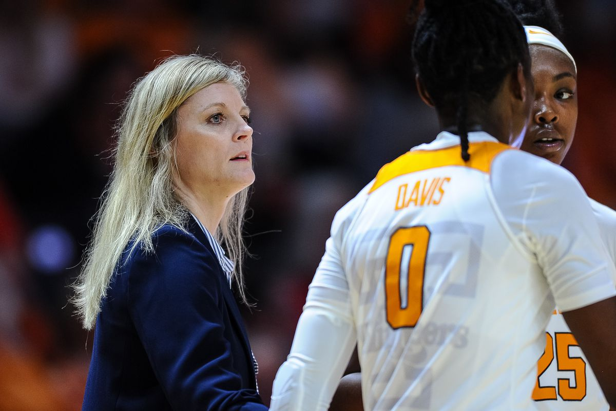 COLLEGE BASKETBALL: JAN 12 Women's Georgia at Tennessee