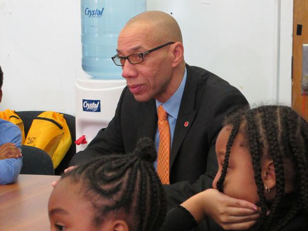 Dennis Walcott visited students at P.S. 261 in Boerum Hill, Brooklyn on Monday.