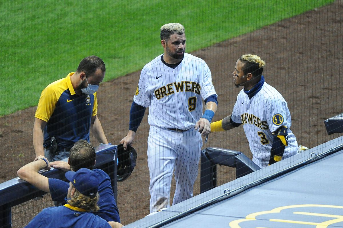 MLB: Game Two-Cincinnati Reds at Milwaukee Brewers