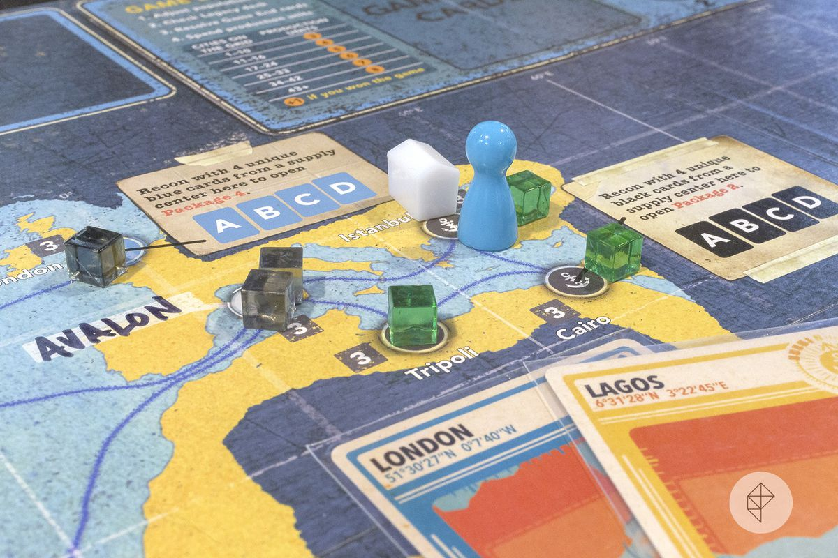 Disease cubes in Tripoli and Cairo while a white pawn looks on.