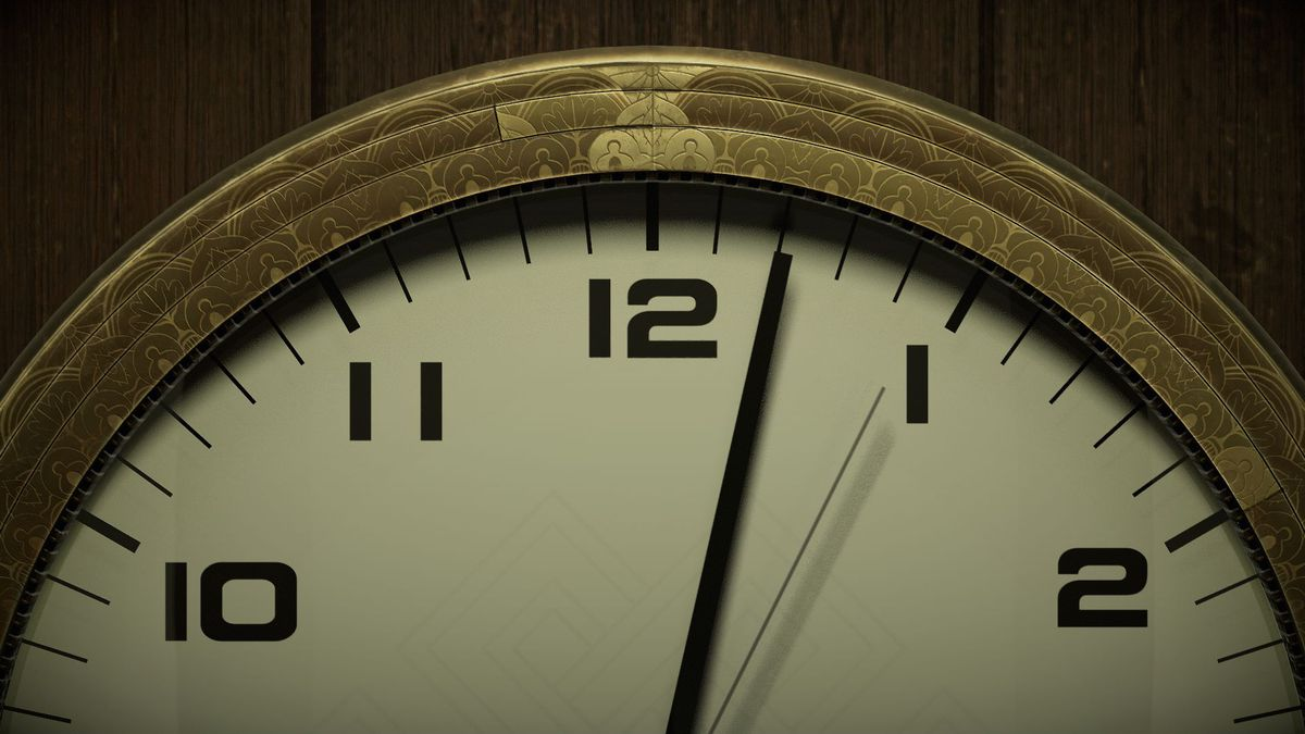 a close-up of an analog clock showing the minute hand at two minutes past the hour and the second hand between the four- and five-minute marks in Twelve Minutes