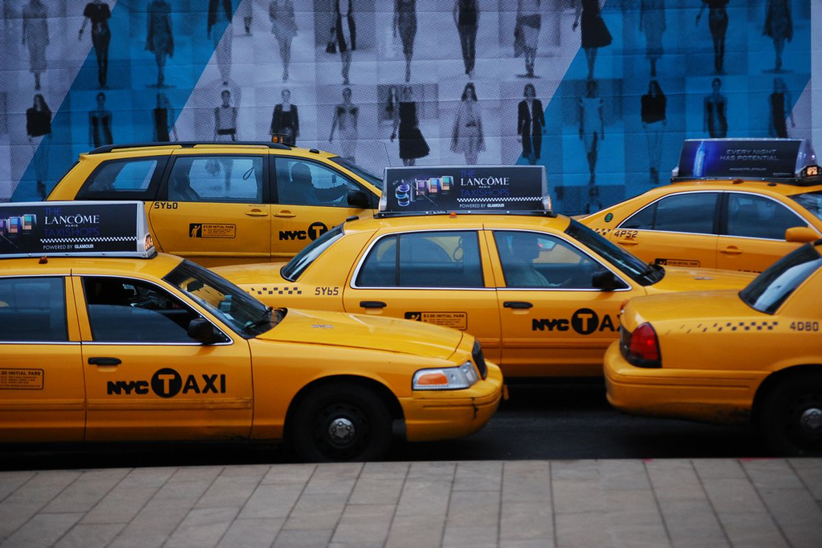 Uber And Lyft Cars Now Outnumber Yellow Cabs In Nyc 4 To 1 Curbed Ny