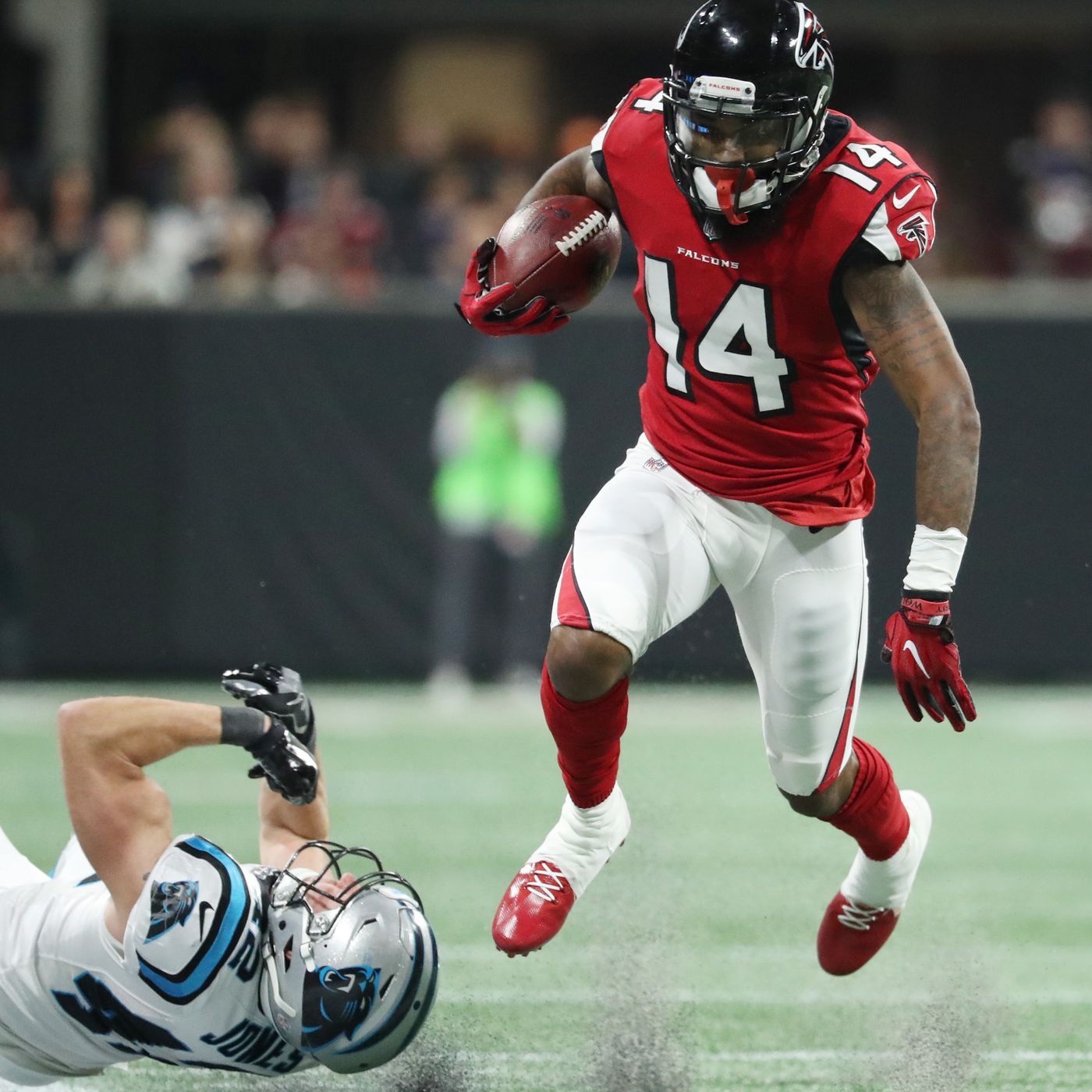 Why is Atlanta Falcons WR Justin Hardy ting lost in the fray
