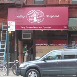 """Valley Shepard Creamery via <a href=""""http://www.heresparkslope.com/home/2011/10/21/signage-up-at-valley-shepherd-creamery.html"""" rel=""""nofollow"""">HPS</a>"""