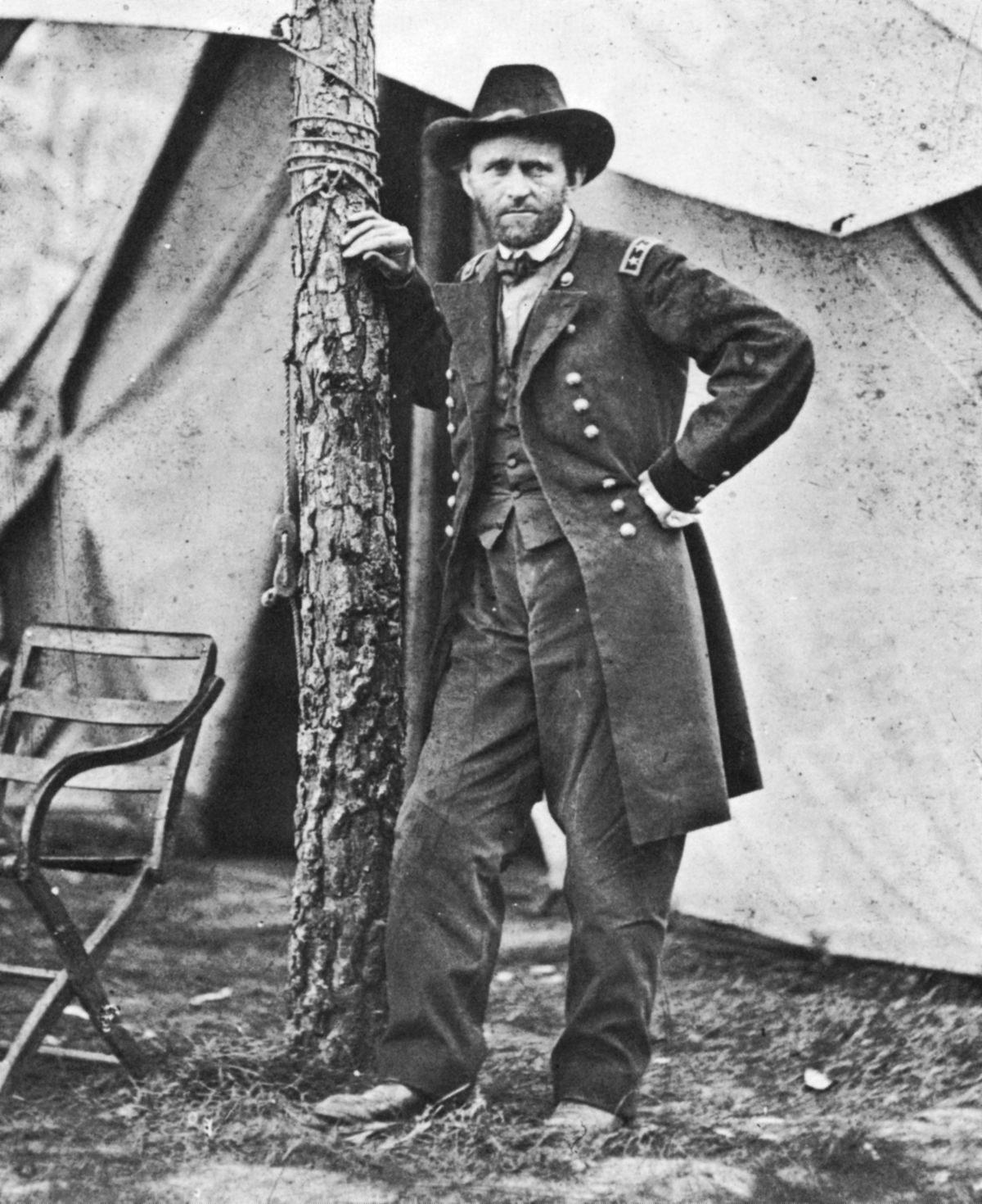 Ulysses Simpson Grant (1822-1885) born in Marion County, Ohio. In 1864 he became commanding general of the Federal (Northern) army during the American Civil War. Grant was elected as the 18th In the American Civil War President of the United States in...
